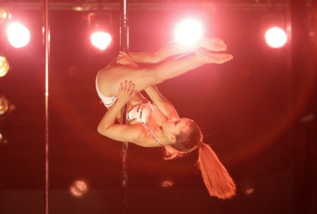 Pole Dance China7