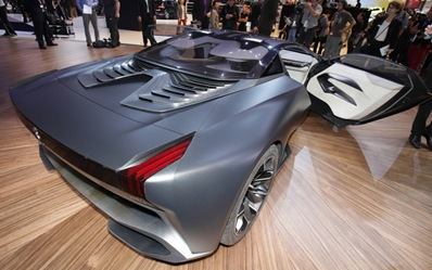 Peugeot-Onyx-Supercar-rear-three-quarters