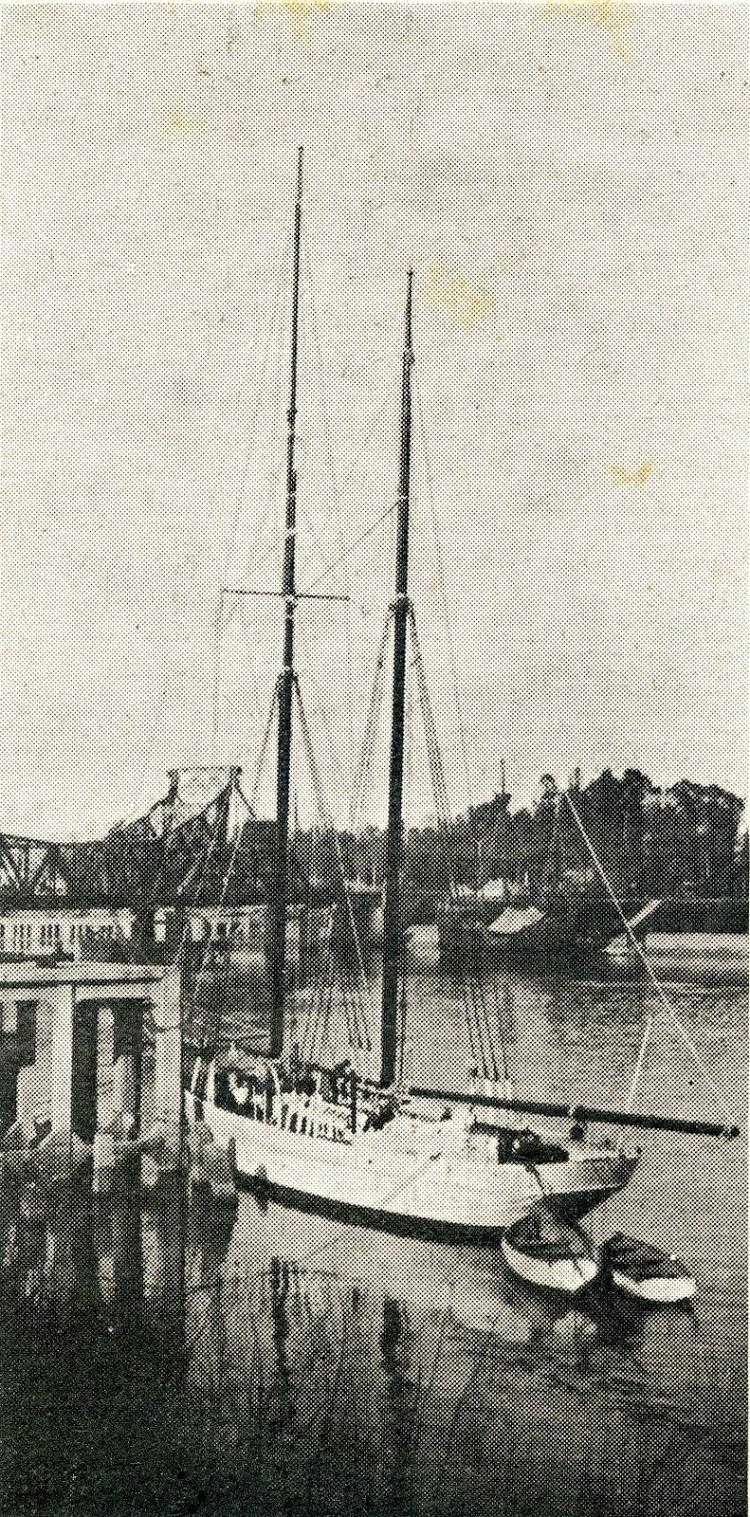 El SERVA-LA-BARI . De la revista Journal de la Marine. Le Yacht. Año 1930.jpg