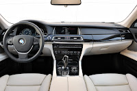 2013-BMW-7-Series-33.jpg