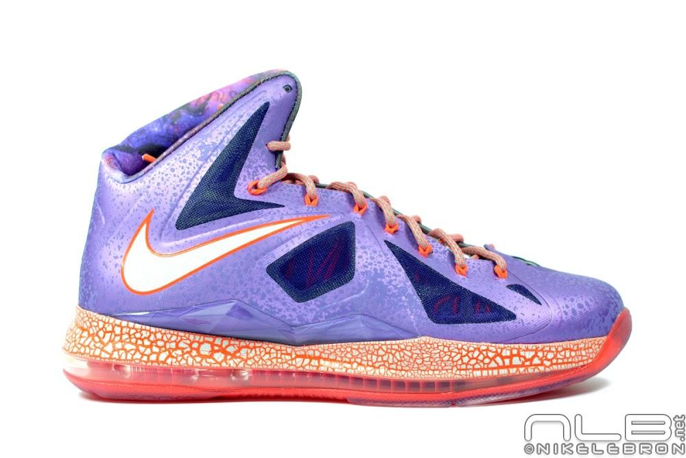 Lebron 11 Extraterrestrial The Showcase: Nike LeB...