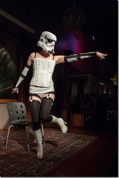 storm-trooper-burlesque-15