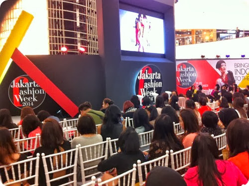 Priscilla beauty blogger The Body Shop Color Crush makeup event talkshow 1