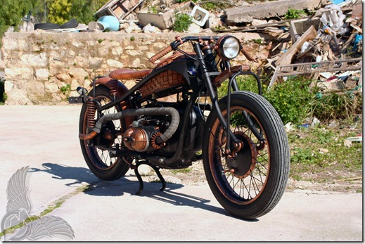 r51-3_copper-and-leather_bmw-bobber_front-right_luie-leather