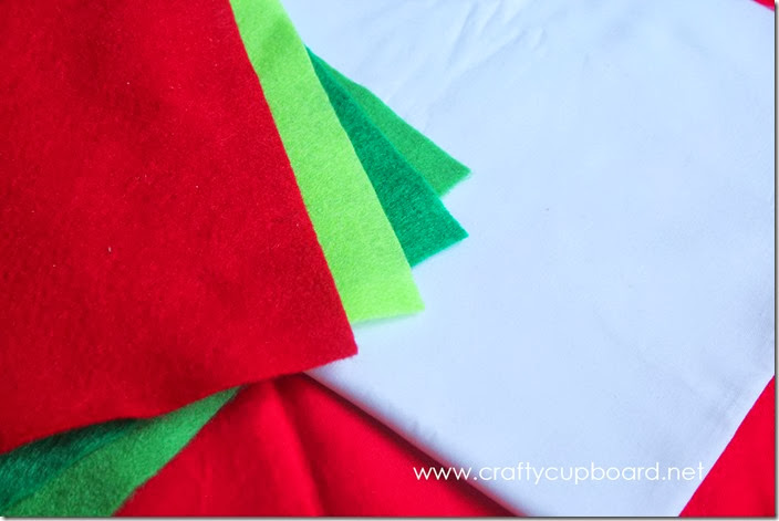 Holly Pillow Materials