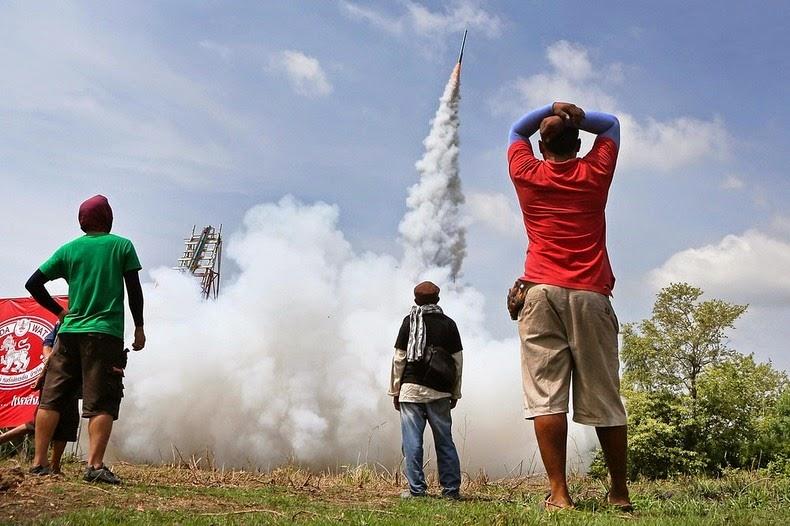yasothon-rocket-festival-10