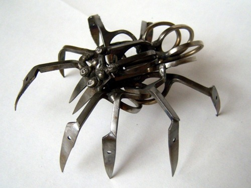 locke-Scissor-Spider-4