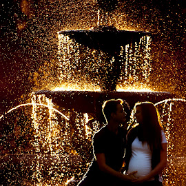 Magic Maternity by Lizzy Davis - People Couples ( maternity, sunset, fountain, couple, bokeh,  )