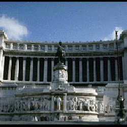 102.- Monumento a Víctor Manuel II en Roma