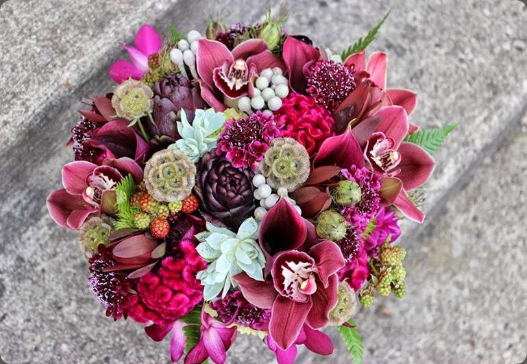 1234074_557529714312283_1354329677_n sophisticated floral designs