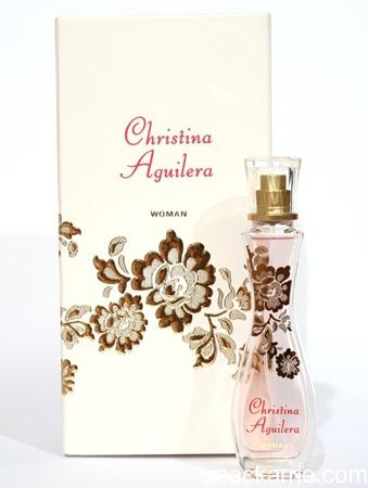c_ChristinaAguileraWoman6