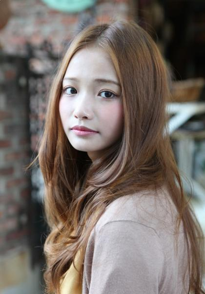 cute Korean girl with long brown hairstyle