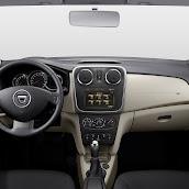 2014-Dacia-Logan-MCV-17.jpg
