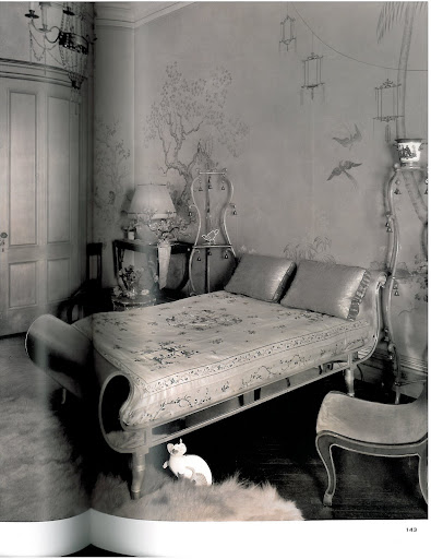 How sexy is this New York City bedroom by Rose Cummings. Is that a ceramic cat?