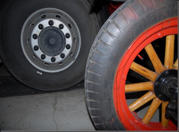 mikkihiiri palo-auto 025