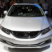 2013-Honda-Civic-Sedan-5.jpg