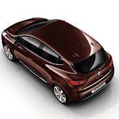 2013-Renault-Clio-4-21.jpg