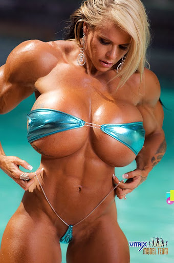 Look out below - Larissa ReisFemale muscle and breast expansion