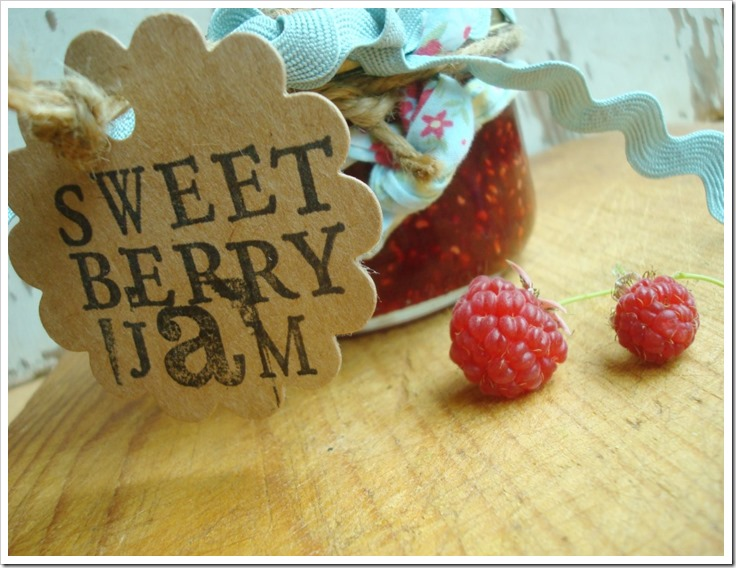 {Northern Cottage} sweet berry jam recipe