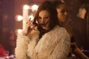 Kristin Bell is Nikki in Burlesque