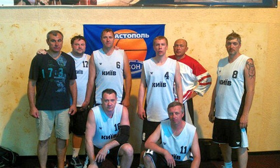 Баскетбольная команда Ветеран-Киев 40+ 2012 года