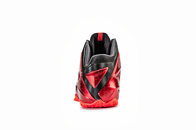 nike lebron 11 gr black red 6 07 nike inc Nike Introduces LEBRON 11 & Revolutionary Hyperposite Technology