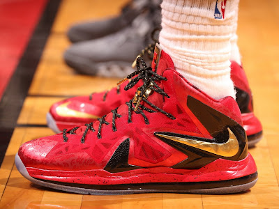 nike lebron 10 ps elite miami heat finals pe 4 01 Throwback Thursday: Looking Back at Nike LeBron 7 10 Finals PEs