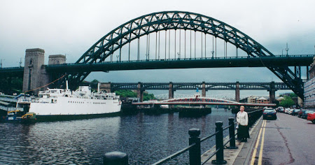 Newcastle bridge.jpg
