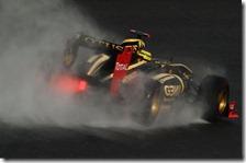 Bruno Senna nelle prove libere del gran premio del Belgio 2011