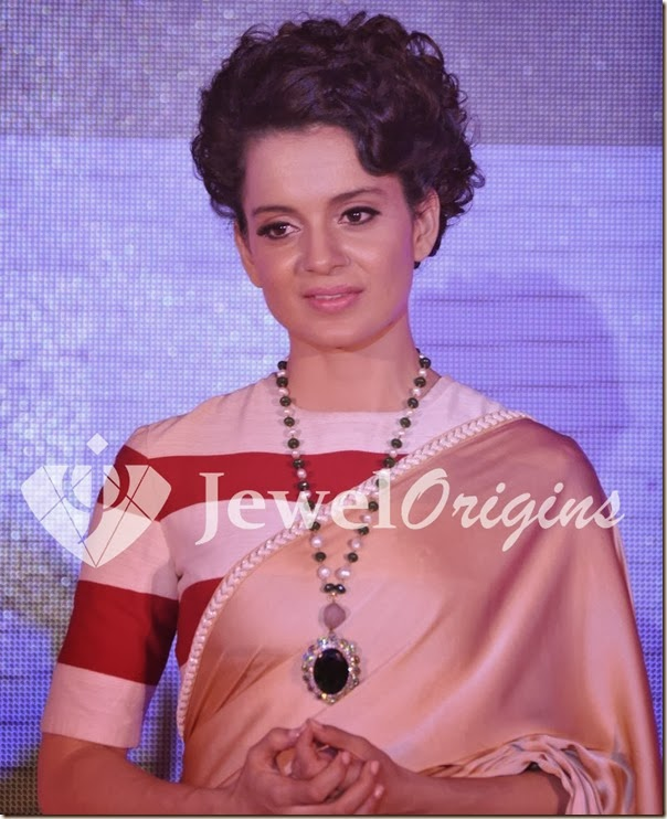 Kangana_Ranaut_Designer_Necklace