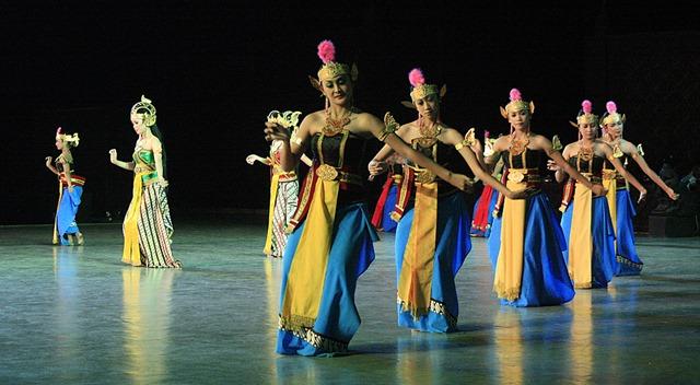 Javanese_Dance_Ramayana_Shinta_2