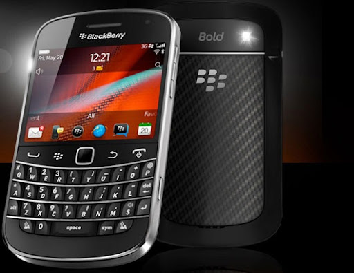 I'm now a proud owner of a Blackberry Bold 9900 phone!