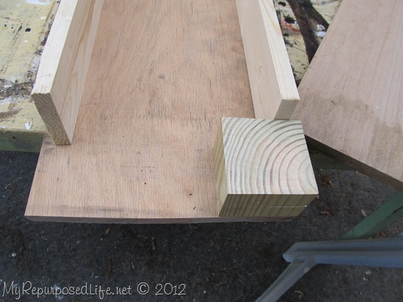 DIY Kids Corner Bench (3)