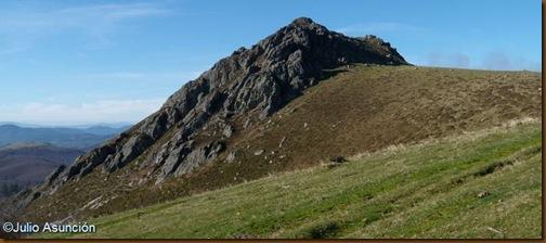Cima del Menditxuri - Ruta dolmen Mediaundi