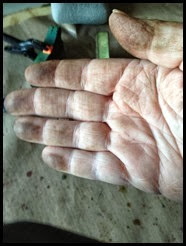 DirtyHands_thumb2