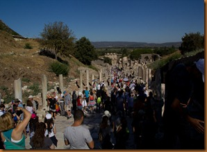 Ephesus, The crowds on the colonnaded way