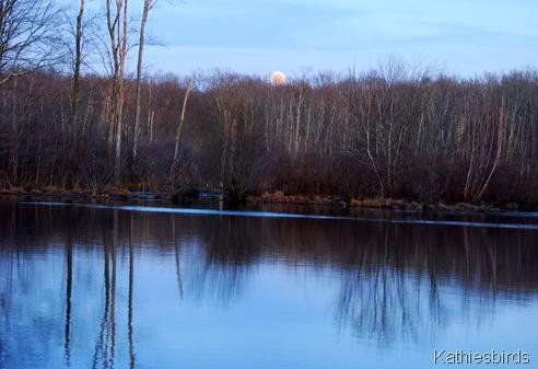 1. Moonrise529-kab