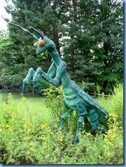 3430 Pennsylvania - btwn Stoystown & Ferrelton - Lincoln Highway (US-30) - big praying mantis
