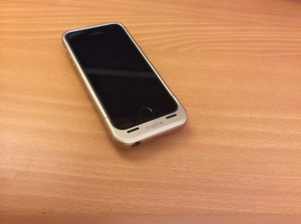 Mophie juice pack air for iPhone5s10