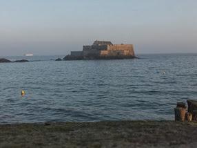 Saint-Malo con marea alta