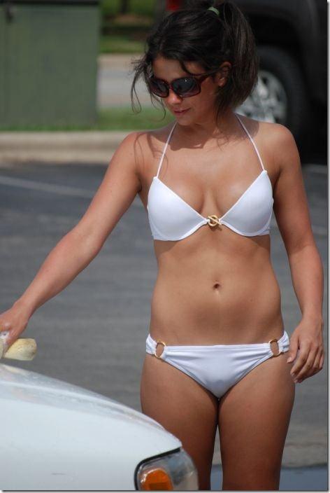 best-bikini-carwash-16
