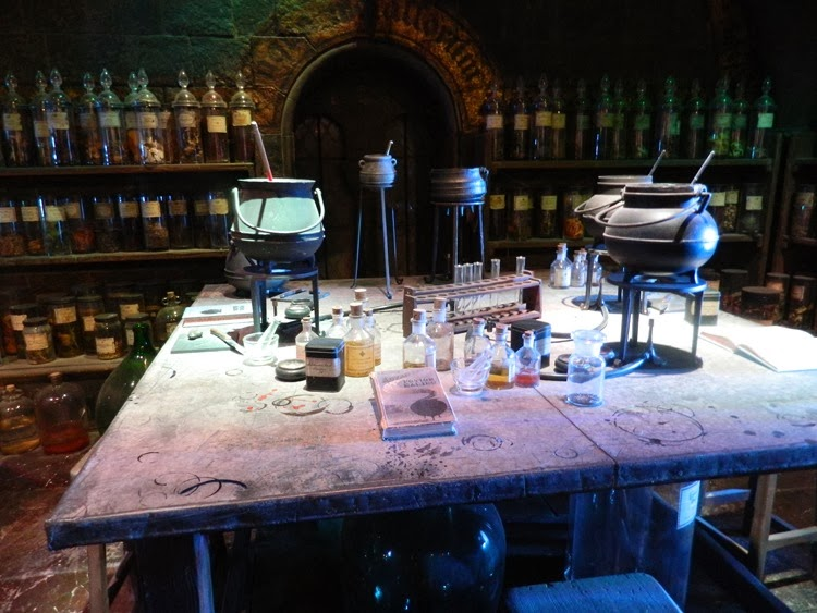 Potions-Classroom-Harry-Pot