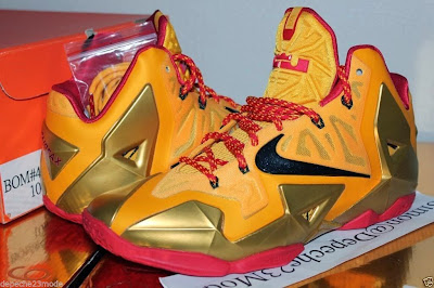 nike lebron 11 pe fairfax away 1 07 Nike LeBron XI (11) Fairfax Lions Away PE   Detailed Look