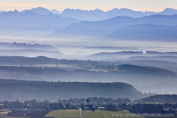 Baierbrunn vor den Alpen