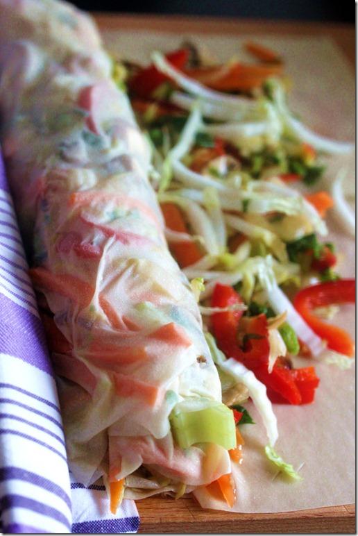 Στρούντελ με λαχανικά και σάλτσα τόνου Vegetables strudel