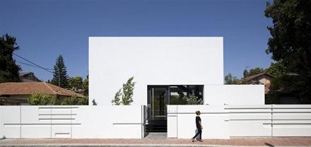 casa-minimalista-Ramat-Gan-Pitsou-Kedem