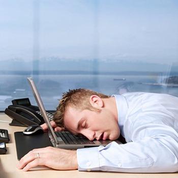 Como conciliar trabalho e estudo - www.empregos.com.br