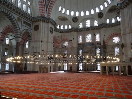Obiective turistice Istanbul:  Moscheea lui Soliman Magnificul