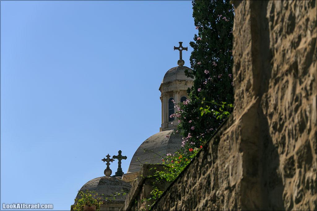 LookAtIsrael.com: Купола Иерусалима (israel  черным бело храм Гроба Господня монастыри и церкви иерусалим )