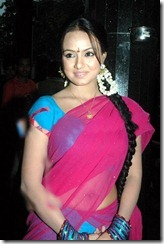 sana khan hot in saree